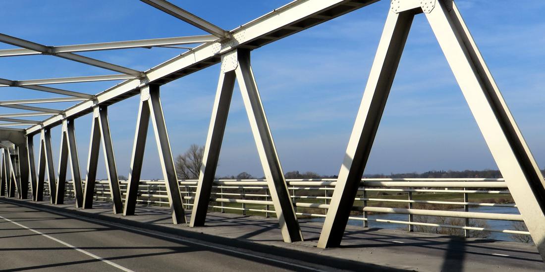 Maasbrug